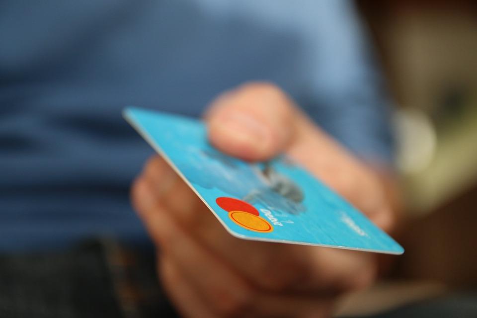 Ticari Kredi Kartı Nedir